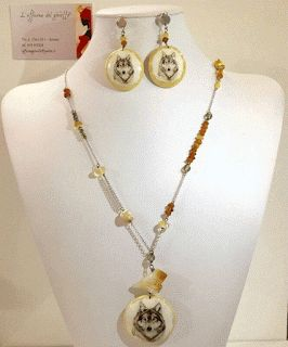 Wolf necklace and earrings.