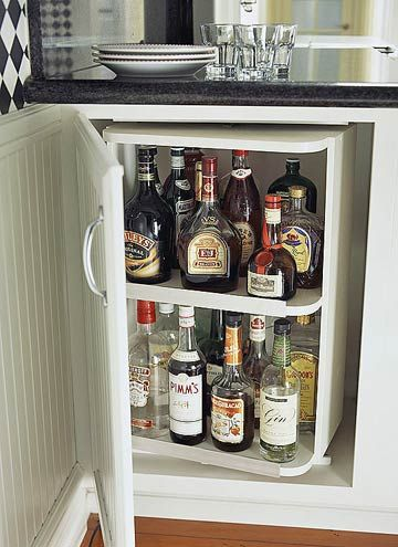 kitchen liquor cabinet 17 best ideas about liquor storage on bars 21824