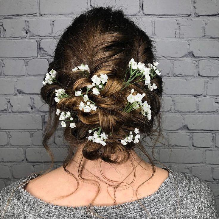 Messy boho bridal trials  . Hair: @themakeuploungellc Artist| Valerie . #bridesmaid #glam  Messy boho bridal trials  . Hair: @themakeuploungellc Artis...