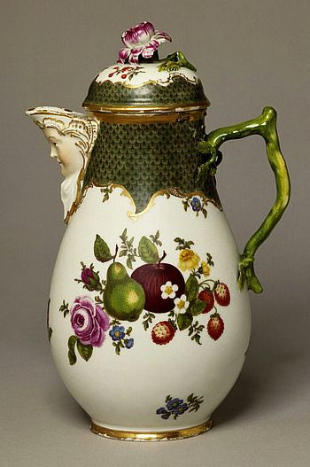 Gotzkowsky Porcelain Factory  Coffee Pot and Cover, 1761-63
