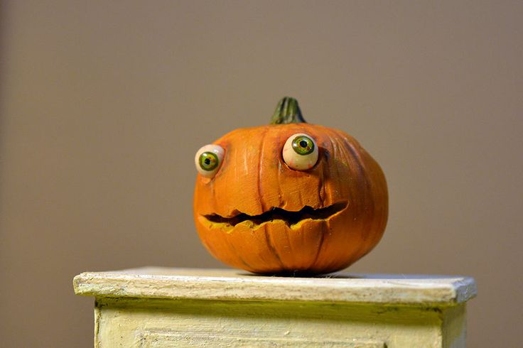 Funny pumpkin with eyes, Dollhouse Food Miniatures, 1/12 Dollhouse Miniature Scale by Galchi on Etsy