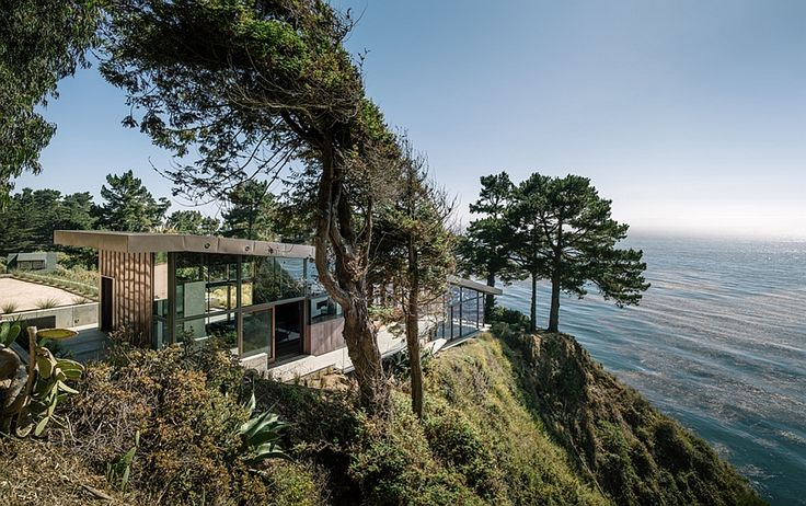 Stunning California home with Pacific Ocean views on top of a cliff Spectacular Home Atop A Cliff Promises Dramatic Views Of The Pacific