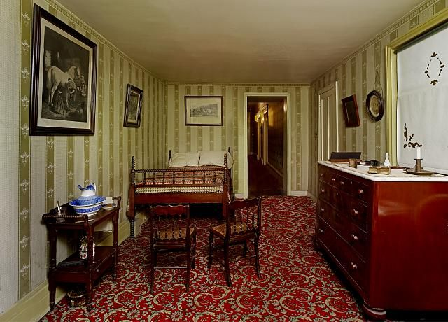 Room in the Petersen House where Abraham Lincoln died, Washington, D.C.