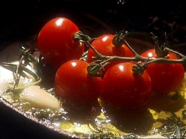 Tomates sur vigne par Marie-Fleur St-Pierre - di Stasio - Téléquébec