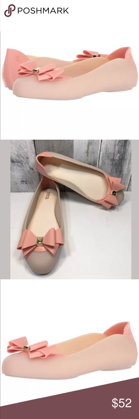 "MELISSA Jelly Bow Shoes Pump It II AD Ballet MELISSA Women's Jelly Bow Flats Shoes Pink & Beige Pump It II AD Ballet Size 8  Shoes are brand new - box does show flaws from being stored and shipped. No flaws to shoes!!  Synthetic - Imported  Heel measures approximately 0.5 inches""  Easy slip-on design. Melissa Shoes Flats & Loafers"