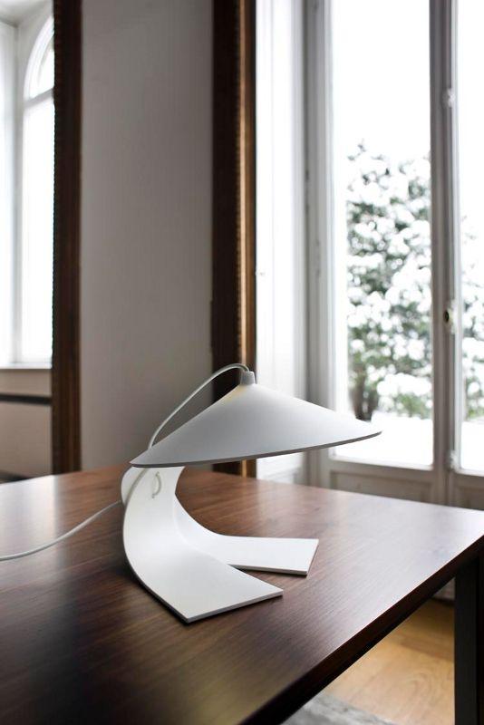 HANOI lampade da tavolo catalogo on line Prandina illuminazione design lampade moderne,lampade da terra, lampade tavolo,lampadario sospensione,lampade da parete,lampade da interno