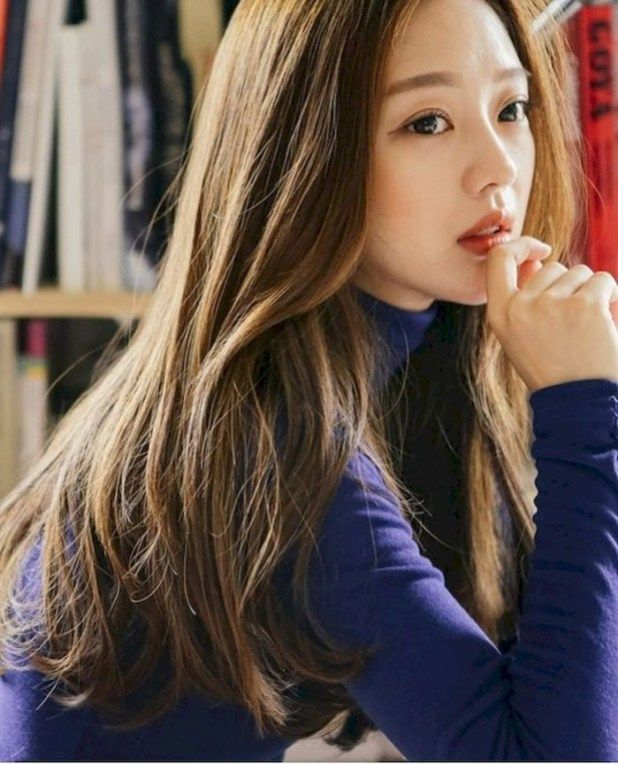 35 Beautiful Long Hairstyle with Highlight for Young Women