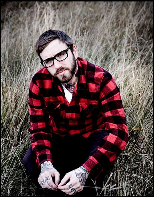 miss spectacles dallas green guys wearing glasses hipster guys alexisonfire city and colour. Black Bedroom Furniture Sets. Home Design Ideas