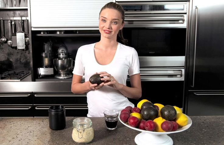 Miranda Kerr Diet Tips Revealed: What the supermodel does to stay in shape and eat healthy