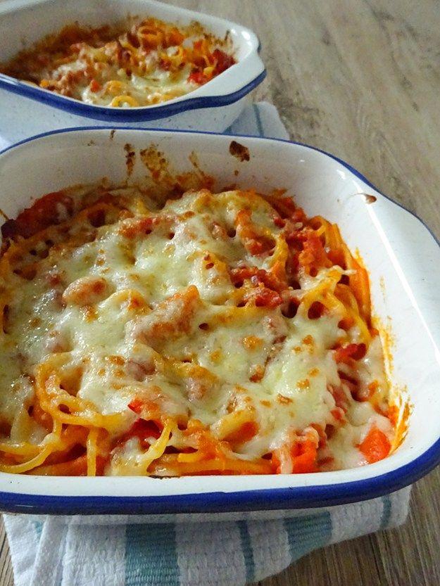 Mozzarella Topped Spaghetti in a Bacon, Red Pepper and Cherry Tomato Sauce | eatexploreetc.com