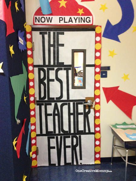 25 Teacher Appreciation Door Ideas from OneCreativeMommy.com {Now Playing: The Best Teacher Ever--Movie Theme}