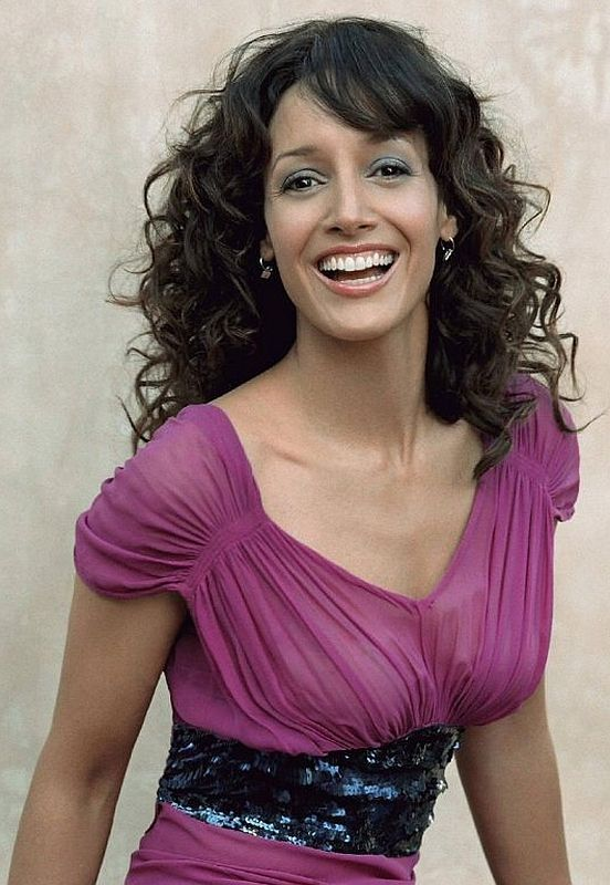 Beautiful Women Over 40 - Jennifer Beals