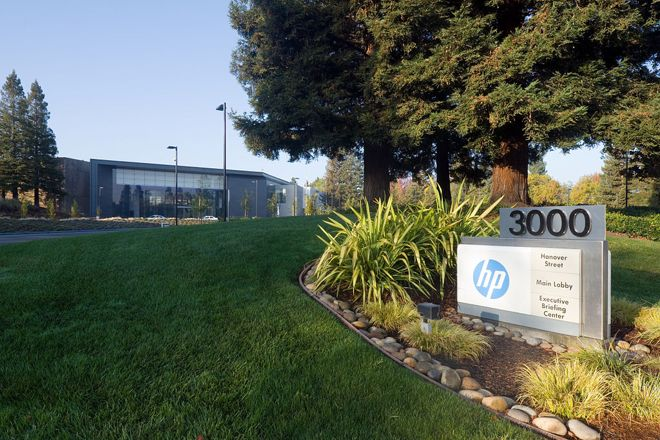 Hewlett-Packard splitting into two companies, one will focus on consumer PCs & printers