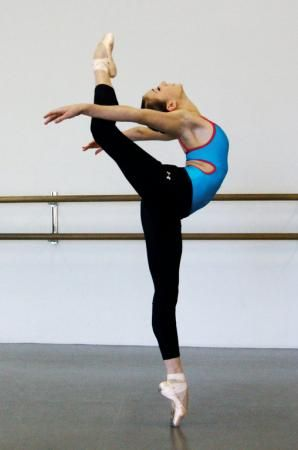 Roseville dancer heads off to Juilliard | The Press Tribune Newspaper