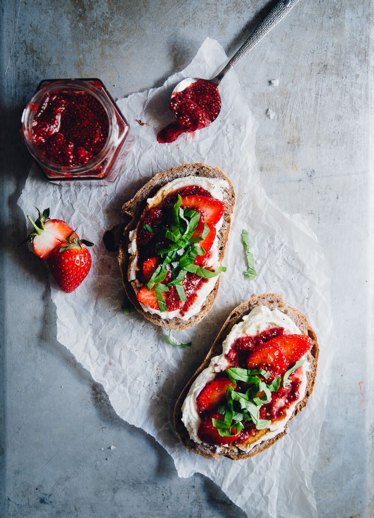 Strawberry Balsamic Chia Jam, Goat Cream Cheese & Basil on Sourdough | Cashew Kitchen