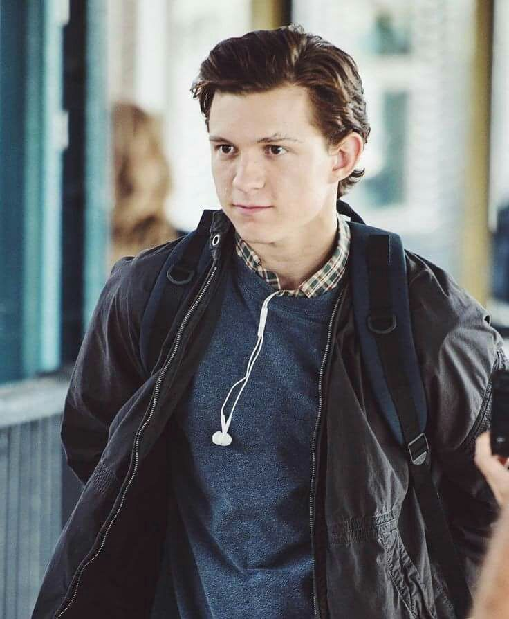 Tom Holland/Peter Parker X Reader Imagines [REQUESTS CLOSED