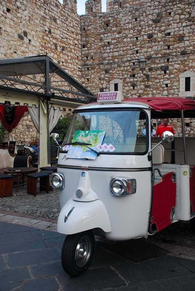 Taormina - tourist taxi