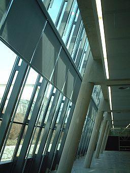 Schutz vor direkter Sonneneinstrahlung und Verbesserung des Raumklimas http://vorhang.ch