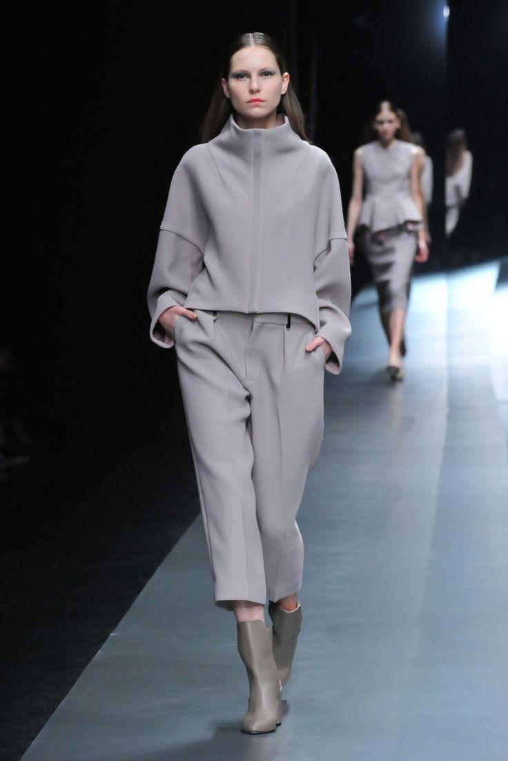 Hanae Mori Designed by Yu Amatsu Tokyo Fall 2015 Fashion Show