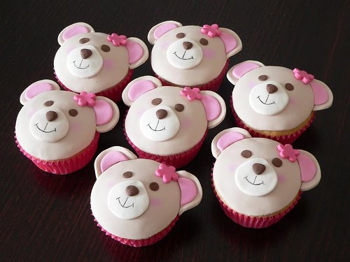 cute teddy bear cupcakes: Cupcake Rosa-Choqu, Idea, Building A Bears, Birthday Parties, Bears Parties, Teddy Bears Cupcake, Baby Bears, Bear Cupcakes, Teddy Cupcake