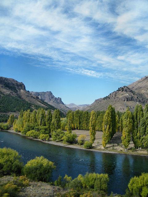 Río Limay, Neuquén Province, just outside Bariloche, Argentina