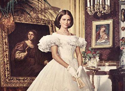 Top 5 Sicilian Girls in Italian movies from Monica Bellucci to Monica Vitti - Swide Magazine
