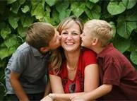 mother and two sons photo shoot ideas