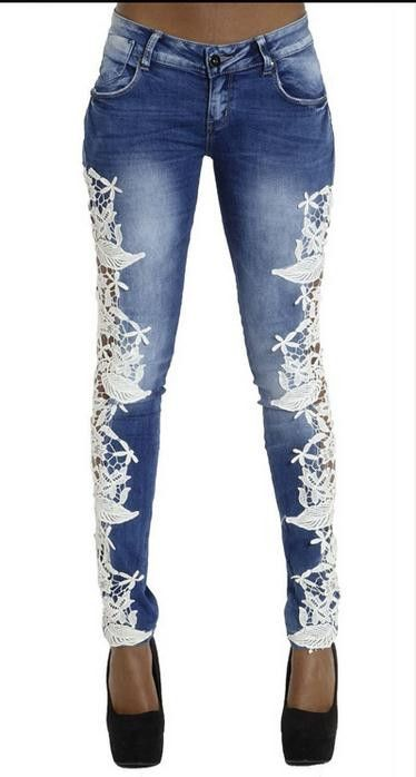 This jeans with lace patchwork is very popular with many young girls,which can make you look sexy and also energy,you can wear it at your daily time,which do add some glamour to you,get one you like.