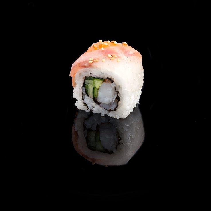 Rainbow / boiled shrimp with cucumber inside & bass, tuna, salmon, avocado externally