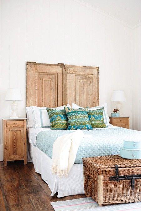 room: Decor, Doors Headboards, Idea, Guest Bedrooms, Guest Rooms, Old Doors, Country Bedrooms,  Day Beds, Wood Doors