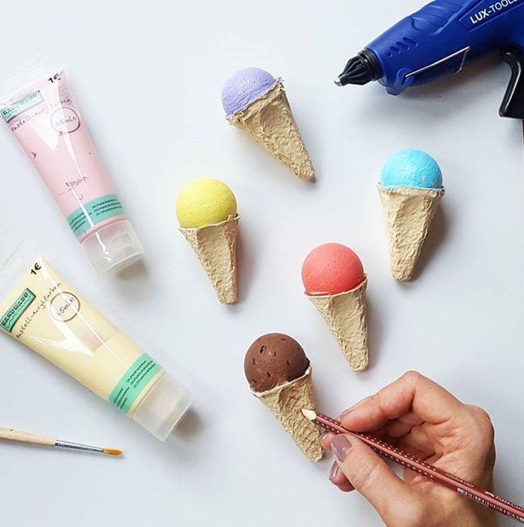 Eis für den Kaufmannsladen aus Eierkartons und Styroporkugeln von amalou.designs