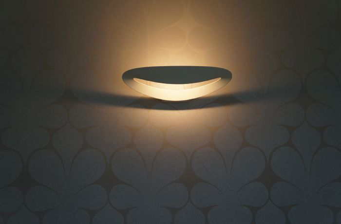 Essential lines and the beauty of light ! #Mesmeri wall ► http://bit.ly/Mesmeri #design Eric Solè
