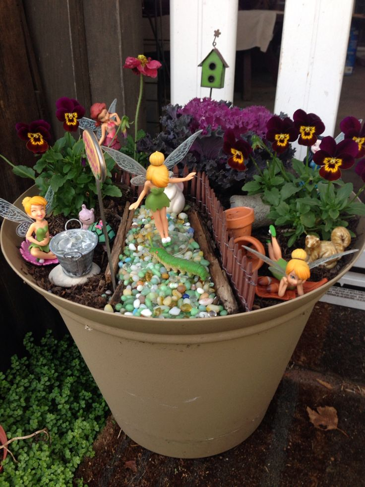 A miniature fairy garden for Hailey!