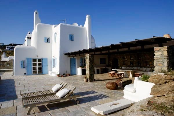 Cast stone flooring for summer residence #outdoor #design #Cycladic #architecture