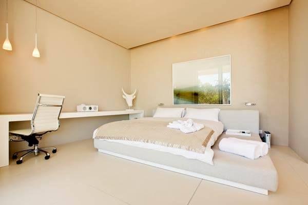 #Luxury #Travel #Capetown #Bedroom #Villa #White #Finishings #StefanAntoni #Design #Interiors #Architecture #Services