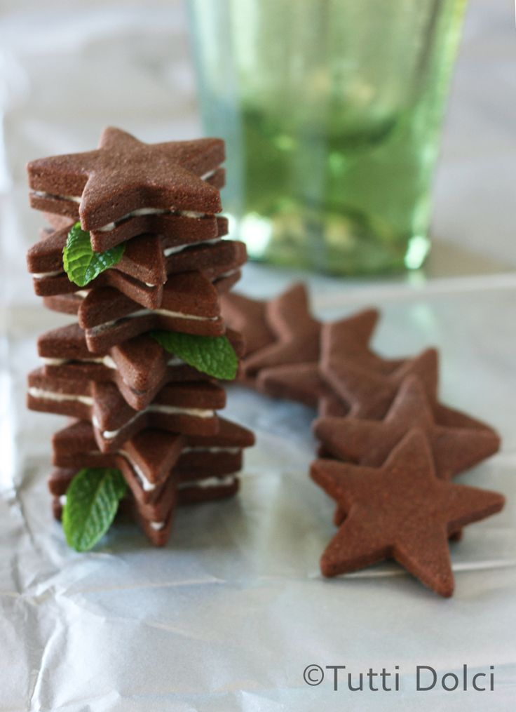 Chocolate-Mint Sandwich Cookies   Tutti Dolci