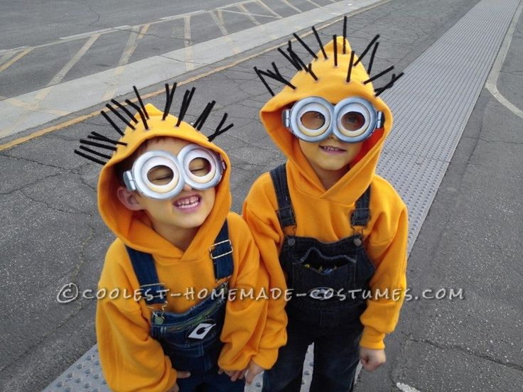 1st-Place Homemade Minion Costumes for $25.00... This website is the Pinterest of costumes