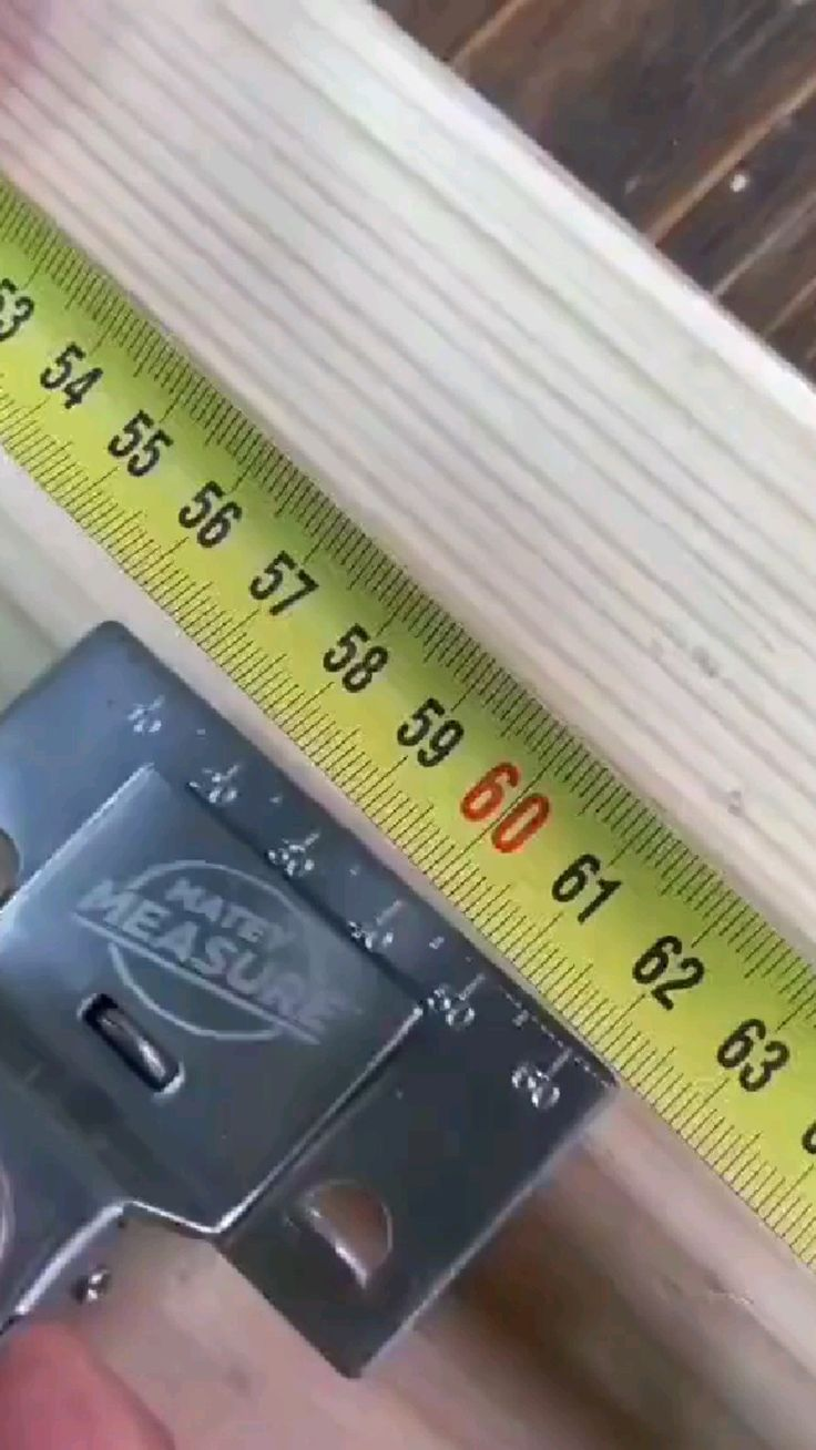 Home Gadgets, Gadgets And Gizmos, Cool Tools, Diy Tools, Woodworking Projects Diy, Wood Projects, Tools And Toys, Cool Gadgets To Buy, Diy Home Repair