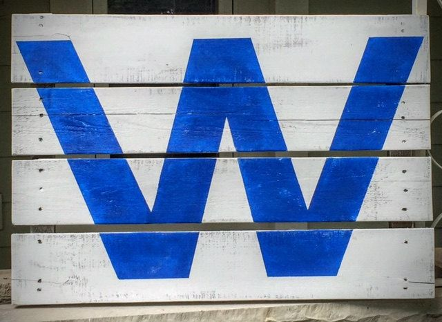 Chicago Cubs Win Flag - Small - Wood Pallet Art by TheAgedGrove on Etsy
