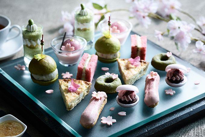 コンラッド東京のバー&ラウンジ「トゥエンティエイト」では「桜アフタヌーンティー」が、2017年3月1日(水)から4月23日(日)まで提供される。アフタヌーンティーでは「春の宴」をテーマに、お皿...