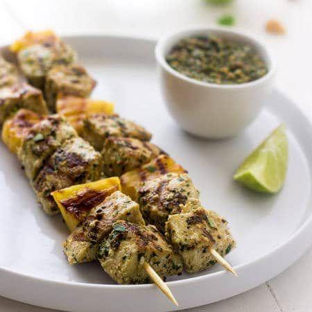 Macadamia Pesto Recipe with Grilled Mahi Mahi Kebabs {GF, Paleo, Low Carb + Super Simple} via @FoodFaithFit
