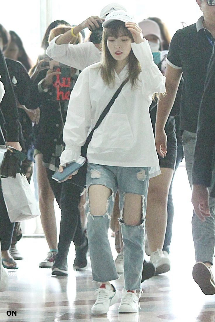 Other red velvet s airport fashion celebrity photos onehallyu - Velvet Style Red Velvet Airport Style Airport Fashion Korean Fashion Kpop Life Girls