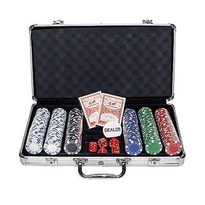 Maleta de Poker 300 fichas sem numeração, 11,5 gr cada, com 2 baralhos. R$69.90