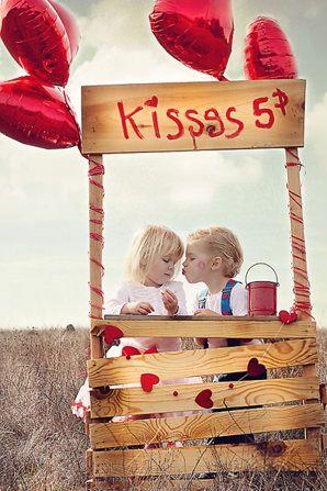 puesto de besos Ideas para hacer fotos de niños en San Valentín