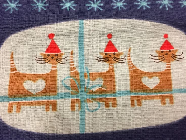 Handtryckt Blå Julduk  Pepparkakor Katter med tomteluvor