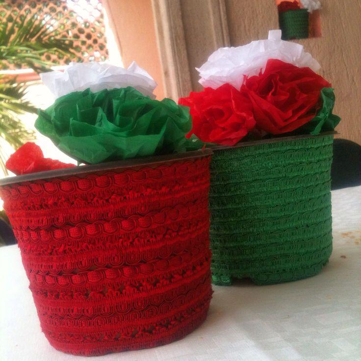 Centros de mesa para fiesta mexicana hechos con macetas - Macetas de pared ...