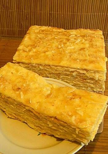 """Наполеон знают и умеют готовить, по-моему, все. А вот """"Наполеон"""" с нежнейшим лимонным кремом, скорее всего, вы не пробовали. Потрясающе вкусный торт получается.…"""