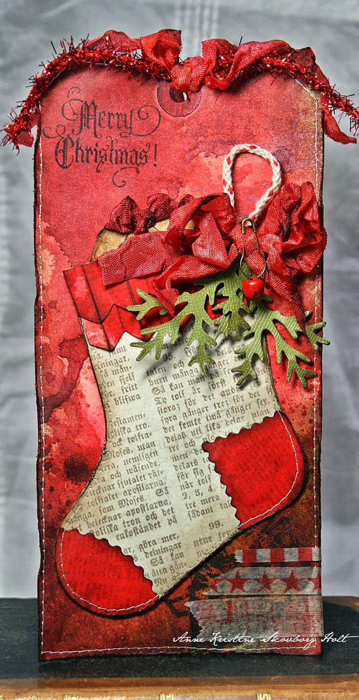 Anne Kristine: Tag with Stocking Gift Holder http://sizzixukblog.blogspot.no/2013/09/tag-with-stocking-gift-holder.html