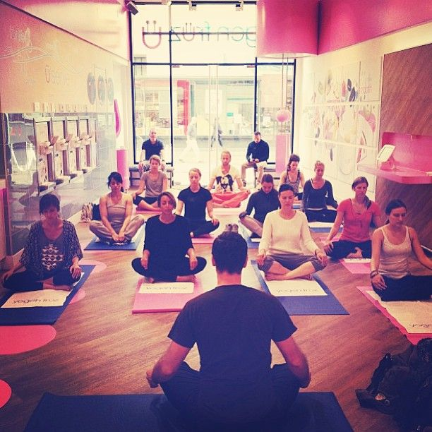 Blogger Yoga Clinic with @johannoorloos in our #Amsterdam store!