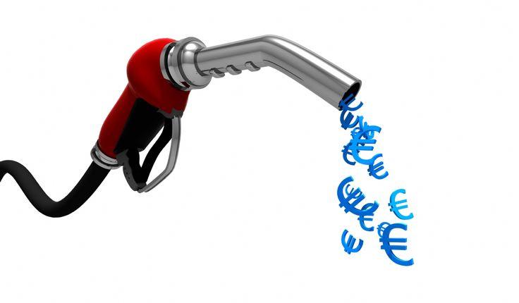 Iti prezentam cateva sfaturi utile care vor duce la o economisire consistenta de combustibil si opriri mai rare in benzinarii.